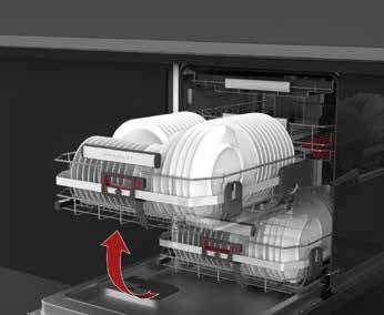 Entgegenkommend: Die untere Geschirrschublade fährt bei AEG nach oben und erleichtert so das Be- und Entladen