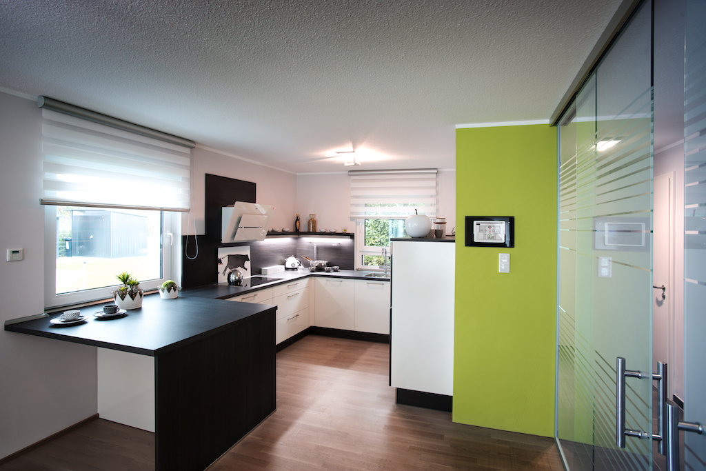Da modernes Wohnen weit mehr ist als eine schöne Einrichtung und Trendfarben, können die Besucher auch das Thema Smart Home erleben