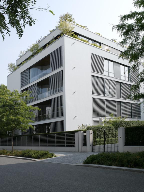 Das Diplomatenviertel in der Nähe des Tiergartens ist von zeitloser und eleganter Architektur geprägt