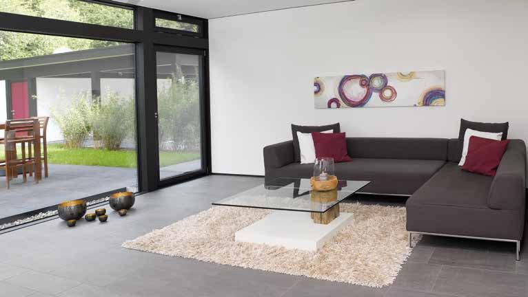 Offenheit: Der Koch- und Wohnbereich kommt ohne störende Wände aus, ein motorisch ausfahrender Dunstabzug vermeidet lästige Gerüche