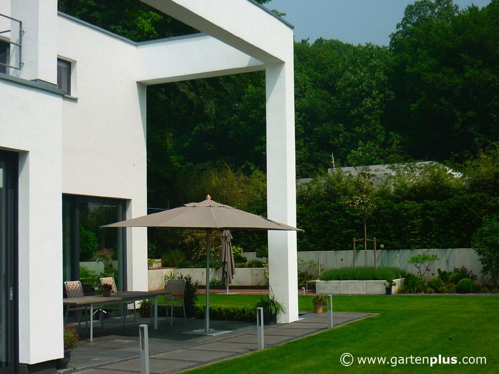 Text: Bernd Franzen, Gartenplus