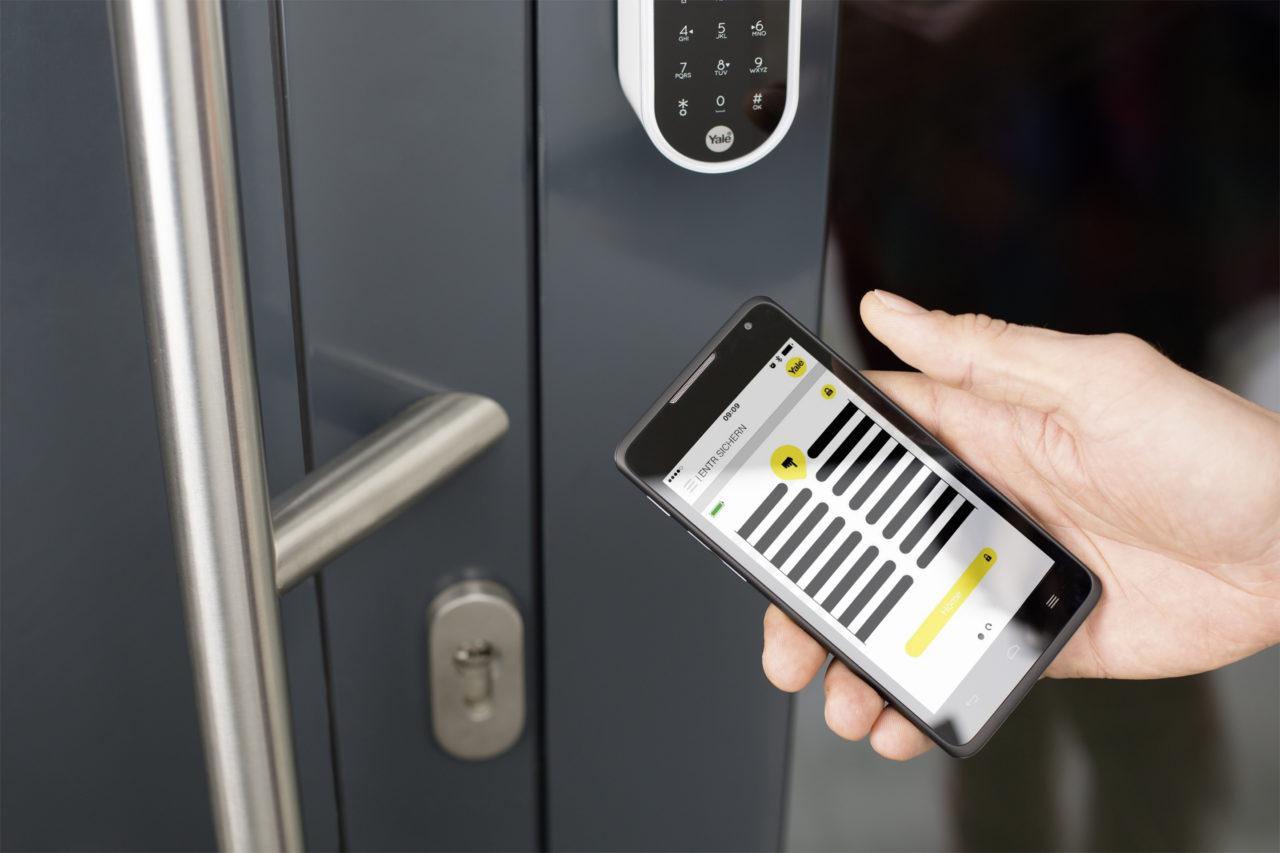 Das Smartphone als Schlüssel? Mit ENTR von Assa Abloy ist das kein Problem