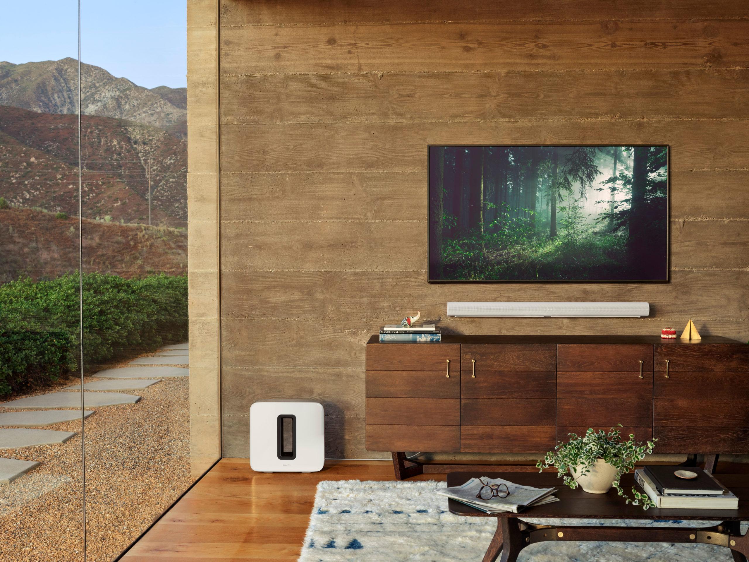 Sonos Arc kann Dolby Atmos, HDMI und hat Amazon Alexa und Google Assistant an Bord